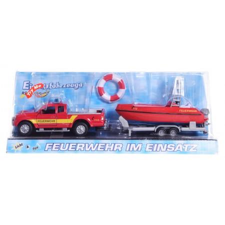 Auto ratunkowe z motorówką Straż Pożarna